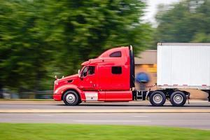 Caminhão de carga foto