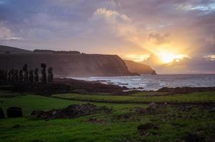 amanhecer na ilha de pascua. Rapa nui. ilha da Páscoa foto