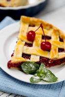 torta caseira de cereja foto