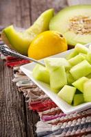 frutas e vegetais frescos foto