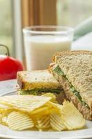 sanduíche de salada de atum foto