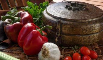 pimentão, alho e tomate