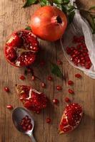 romã frutas alimentos saudáveis frescos orgânicos foto
