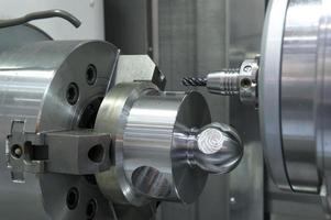 perfuração de metal