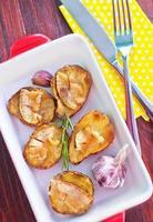 batata assada com banha de porco foto
