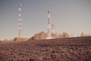 antenas de tv de mastro de telecomunicações foto