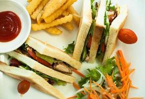 prato de sanduíche foto