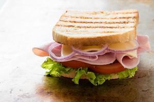 sanduíche de presunto de torrada foto