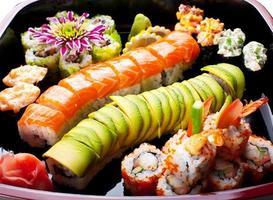 rolos de sushi.