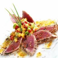 Sushi de atum foto