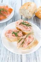 salada de salmão foto