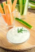 molho de iogurte tzatziki (molho) foto