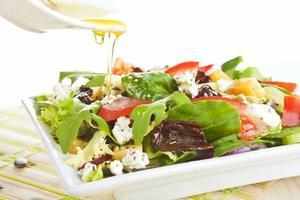 salada de queijo de cabra fresco. foto