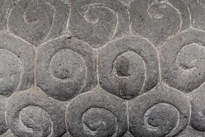pedra esculpida