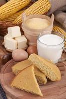 pão de milho foto