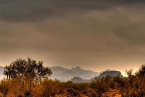 tempestade no deserto se aproximando de 3 foto