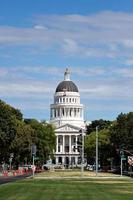 o capitólio do estado da califórnia do capitol mall foto