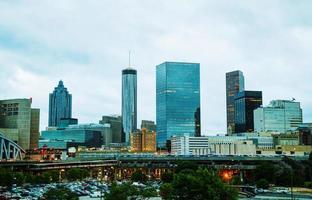 Atlanta centro da cidade à noite foto