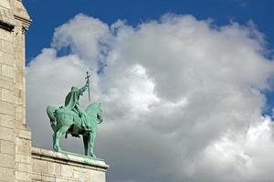 estátua equestre st louis foto