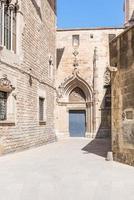 o barri gòtic, o bairro gótico de barcelona foto
