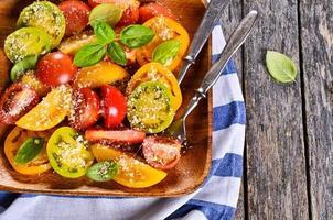 salada de tomate foto
