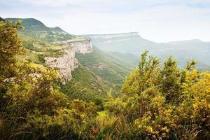 paisagem de montanhas catalãs. collsacabra