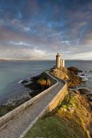 leuchtturm petit minou em frankreich foto
