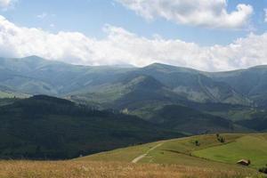 paisagem nos Cárpatos ucranianos