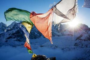 bela paisagem das montanhas do Himalaia