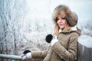 menina no inverno foto