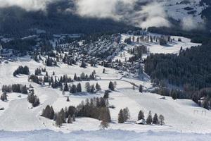 paisagem de inverno no dolomiti foto