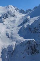 as montanhas de fagaras no inverno