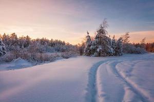 belo pôr do sol de inverno