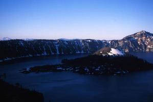 Lago da cratera foto