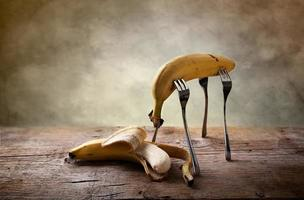 banana em garfos