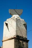 relógio de sol construído em 1753 em santo domingo foto