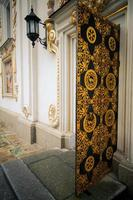porta dourada