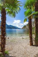 lago de garda itália foto