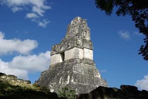 ruínas maias na guatemala foto