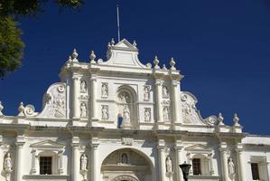 igreja em antigua, guatemala foto