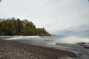 lago superior no outono foto