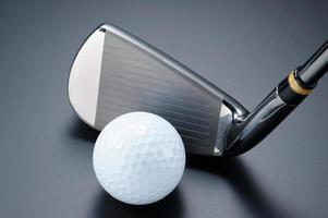 clube de golfe e bola. foto