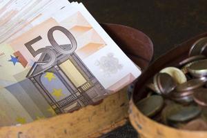 euros em moeda europeia foto