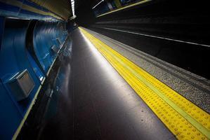 estação de metrô foto