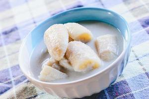 banana com leite de coco foto