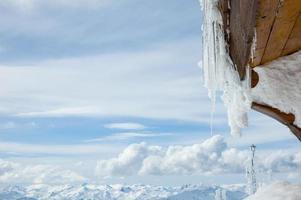 chalé de esqui de montanha foto