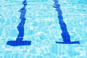 fundo da piscina foto
