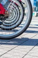 aluguel de bicicletas foto
