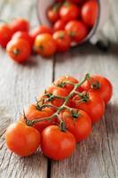 tomate cereja fresco foto