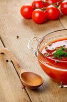 sopa de tomate gaspacho foto